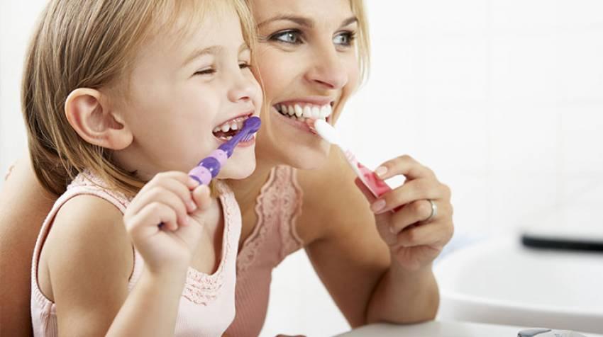 Higiene dental infantil. ¿Qué hago para que se lave los dientes?