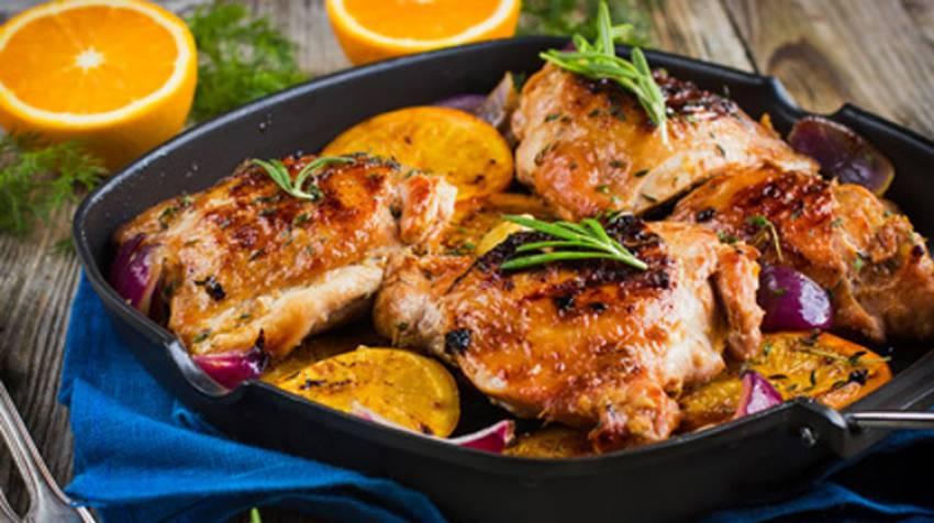 Pollo asado a la naranja con granada