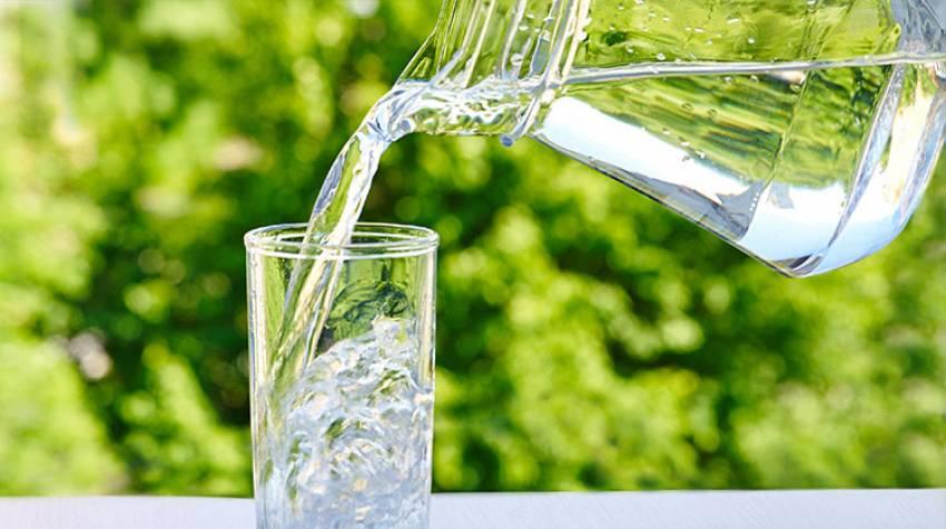Hidratación ¿Hay que beber dos litros de agua al día?