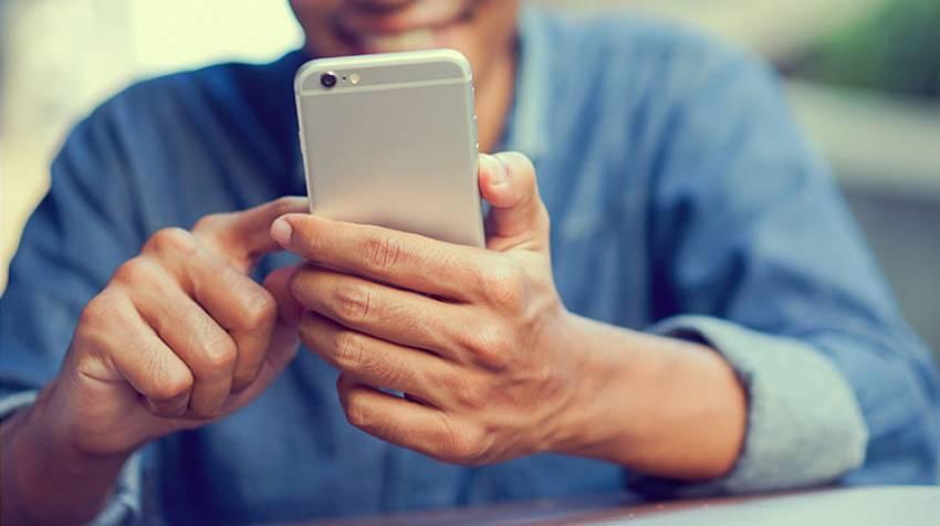 Tecnopatologías: Enfermos por el móvil