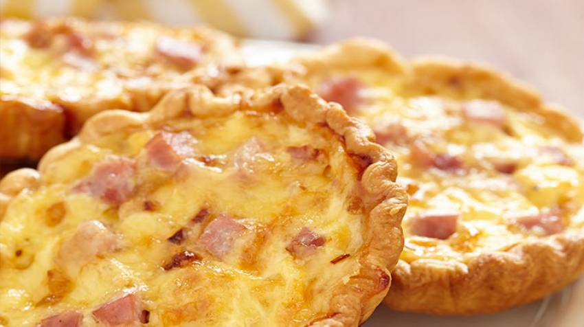 Mini quiches lorraines de queso y bacon
